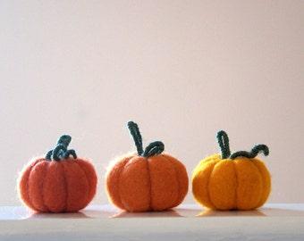 3 big felted Pumpkins autumn decoration Thanksgiving table autumn Weddings favor fall home farm party decor orange harvest nursery