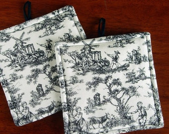Potholders | Black and White Toile | French country | French provincial | Antique White | Pot holder set - Made to order