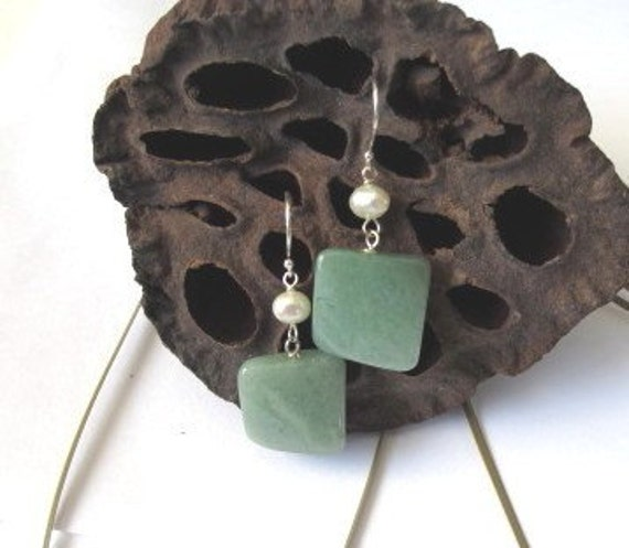 SALE, Jade and Pearl Earrings, Dangle Earrings, Stone Earrings, Pearl Earrings, Pearl Jewelry, Unique Stone Jewelry, Handmade Earrings E8119