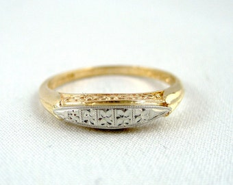 Vintage 14K/18K Gold Wedding Band -  Circa 1960's - Retro Wedding Ring - Vintage Jewellery from A Second Time