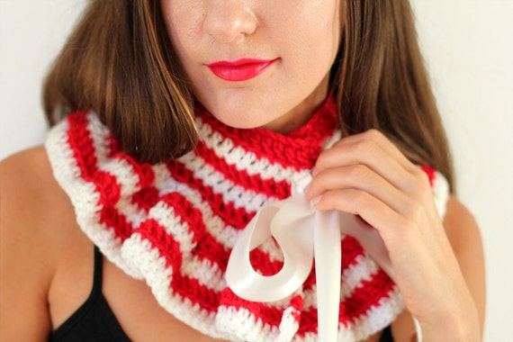 Candy Cane Striped Neck Warmer by Mademoiselle Mermaid