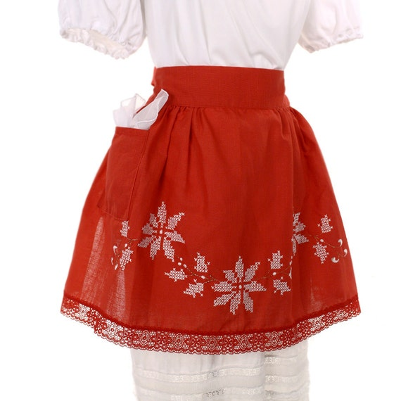 Vintage Apron Poinsettas - Home for the Holidays