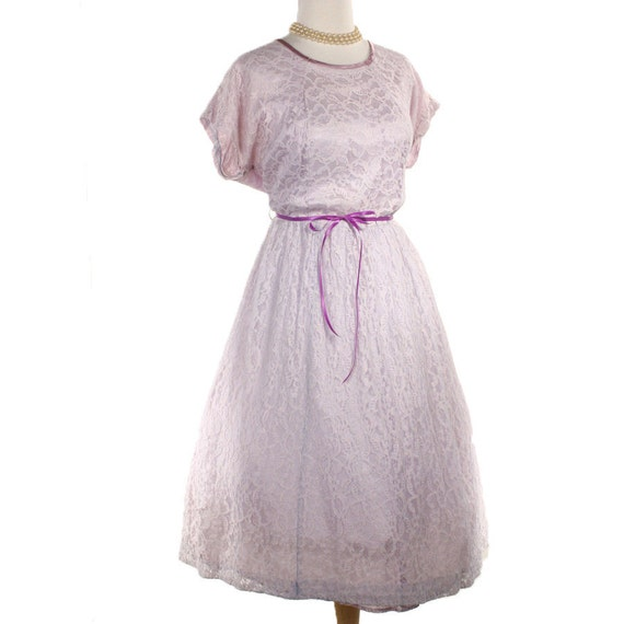 Dreamy Lilac Lace 50s Vintage Party Dress - size L