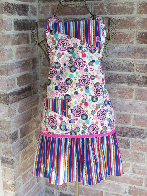 Betty Style Apron in Swirl & Dot Delight