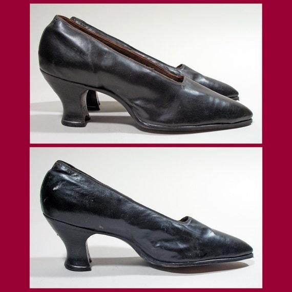 Antique Edwardian 1910s Teens Black Leather Shoes or Pumps