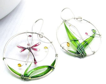 Dragonfly Earrings. Colorful Silver Earrings With a Dragonfly. Dangle Earrings. Summer Earrings. Dragonfly Jewelry. Summer Jewelry.