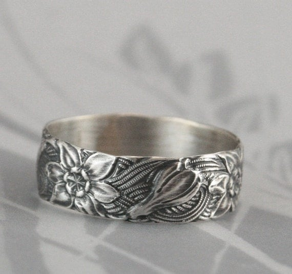 Vintage Style Band--Signs of Spring--Silver Wedding Band--Crocus Ring--Wide Silver Band--Floral Patterned Ring--Daffodil Ring--Daffodil Band