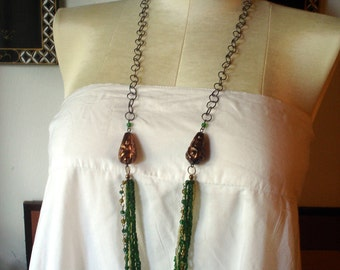 Tibetan Anchor Bead Necklace in White and Green