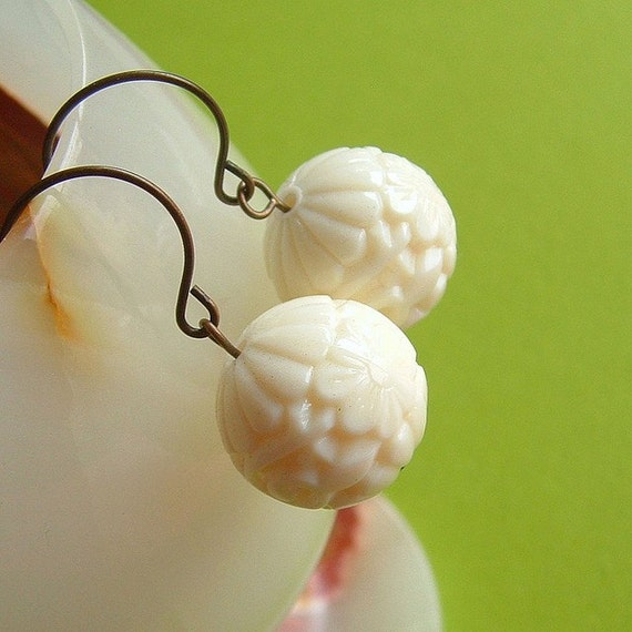 White Carved Bead Earrings Vintage Lucite Faux Cinnabar Ivory Vanilla