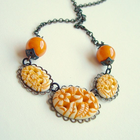 Yellow Floral Cabochon Necklace Vintage Carved Plastic Antiqued Brass Japanese Flowers