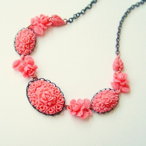 Coral Pink Carved Flower Necklace Vintage Rose Bud Cabochons Bubblegum Pink Bouquets