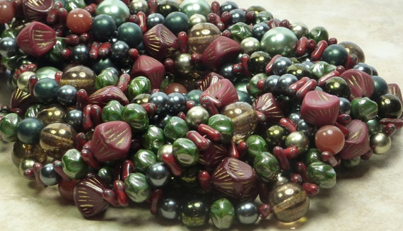 15mm to 8mm Pirates Treasure Mixed Shapes and Sizes Czech Glass Beads 16 Inch Strand (A162)