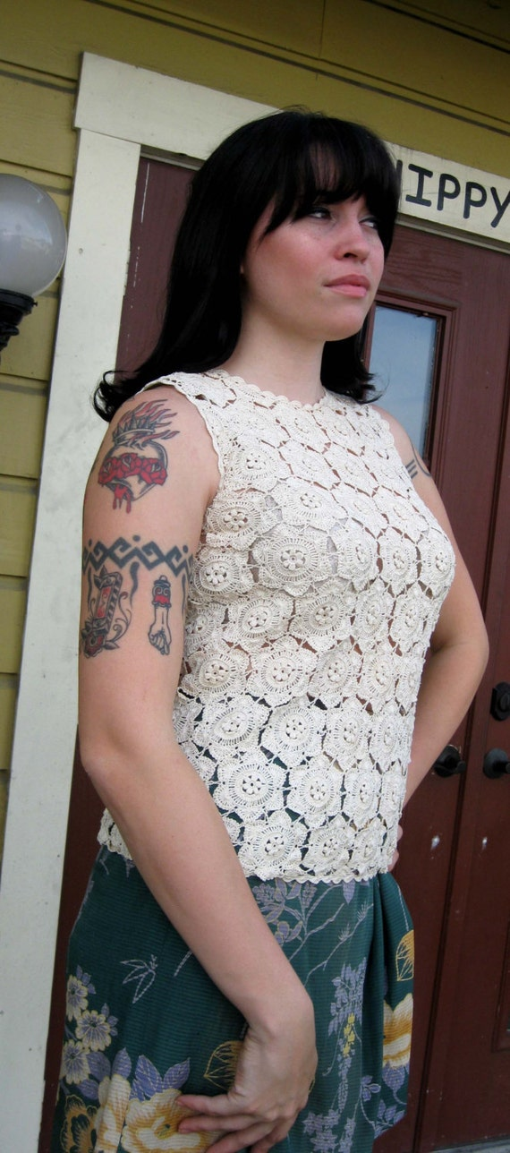 Hand Made Cream Crochet Shell Top - 1960s Shanghai