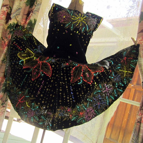 Vintage Mexican Circle Skirt and Top Hand painted sequins on black velvet Fiesta dress 1950s