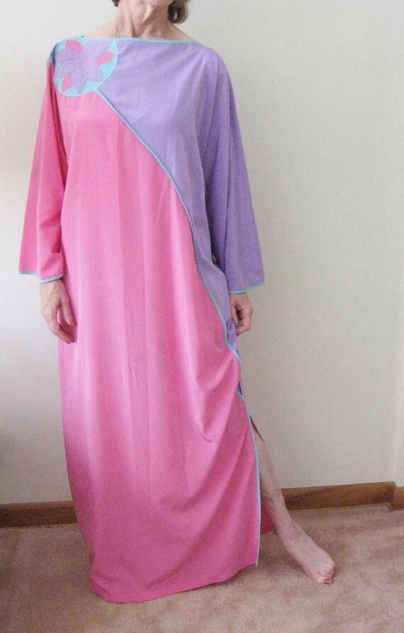 Vintage BILL TICE Kaftan 70s Lingerie Pink and Purple Asymmetric