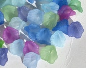 SALE - Acrylic Flower Beads Lucite Flower Beads 50 Calla Lily 12mm - Cool Mix