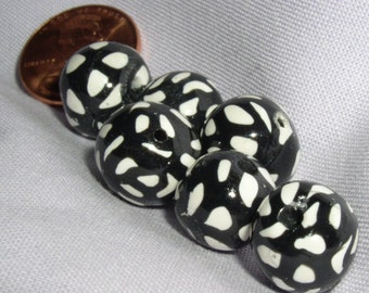 Bead Black and White Cane 04 016