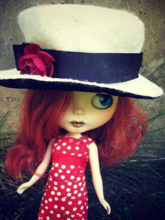 Doll Hat for Blythe - 2-Tone White Wool Felt and Black Velour