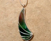Green Wing - Green Stained Glass Pendant, it comes with your choice of chain