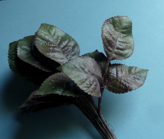 SALE Vintage Silk Leaves 36 Rose Leaves Made in Germany on Triple Leaf Stems in Green Ombre ML 125