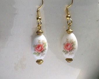 Edwardian Rose Vintage Glass Bead Coral Salmon Pink Earrings