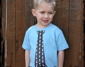 4T Blue Short sleeve tee  -- Black and White Skull and Crossbones Tie *READY TO SHIP*
