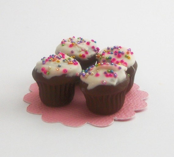 Miniature Chocolate Cupcakes with White Icing and Sprinkles - Set of 4 ...