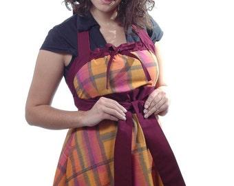 Hostess Apron, Full Apron, Women's Apron, Tie Dye Apron, Brick Batik Hostess Apron, AnnabelsAccessories