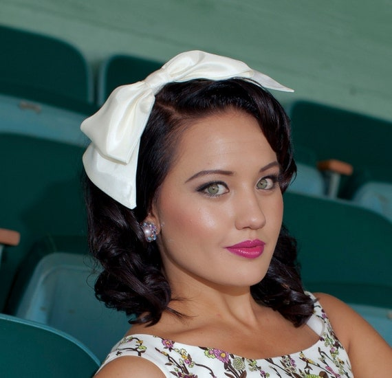Big Bow Headband in Ivory Taffeta Wedding Hair Headpiece, Headbands for Women and Teens