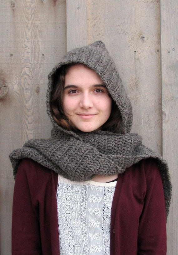 muir wood hooded scarf in brown heather