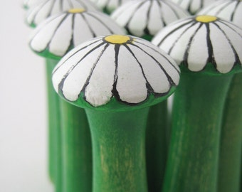 Wood Toy Bowling Game - White Daisy Flowers and Bee - IN STOCK