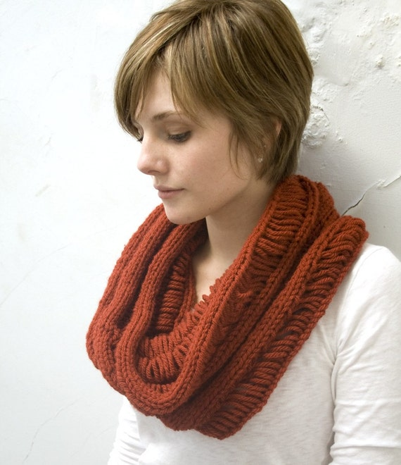 Sale - Wool Ladder Circle Scarf - Cowl - Infinity Scarf in Spice - Ready to Ship