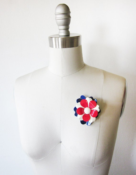 vintage enamel flower pin / 60s mod floral brooch / red white and blue