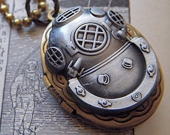 Steampunk Locket Necklace Diving Bell Helmet Mixed Metals Small Vintage Brass Oval Shape Pewter Tone Finish Nautical Diving Mask