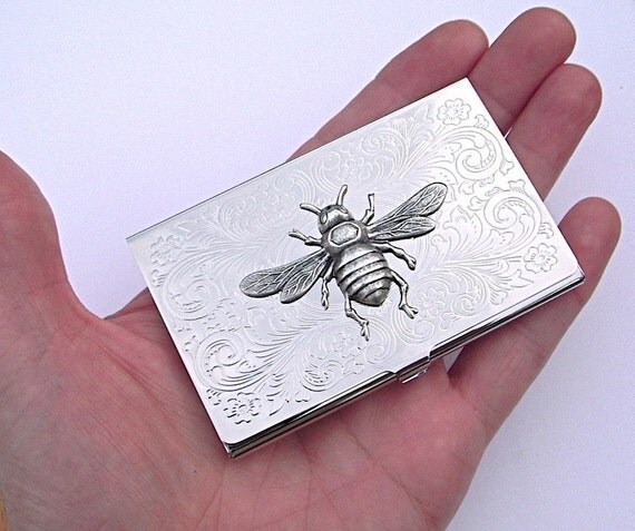 Silver Bee Business Card Case Bumble Bee Gothic Victorian Silver Plated Metal Vintage Style Classic Thin Slim Card Holder Scroll Pattern