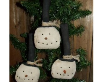 My Primitive PLAIN and SIMPLE SNOWMEN Ornies Pattern