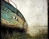 Epave de Bateau 02 - Fine Art Print - Forgotten Ships - Blue White - Boat Wreck Landscape Photography - Wall Art - TFTeam