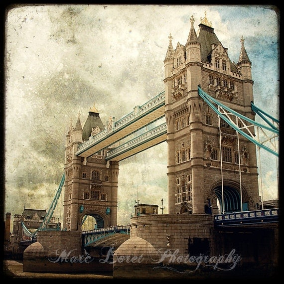 Tower bridge  -  Fine Art Print - London Photography - Etsy Wall Art - TFTeam - London Landscape Photograph