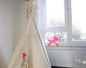Tipi indoor play - MIDI plain with 1 name and a felt heart