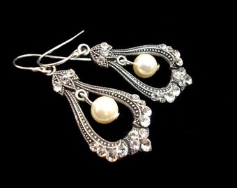 Bridal earrings, Wedding earrings, Wedding jewelry, Swarovski earrings, Pearl earrings, Antique silver earrings, bridesmaid earrings, Simple