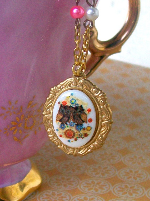 Charming Owlettes Cameo Necklace