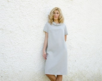 50% Off Sample Sale LARGE Shift Dress in Grey Blue with Short Sleeves and Knot Collar