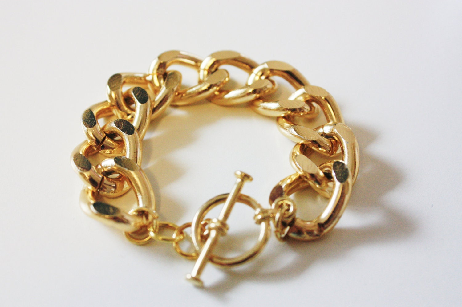 original gold chain bracelet with toggle clasp by yunikelley
