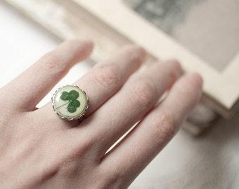 Four leaf clover ring - St patrick leaf - Shamrock ring - Saint patricks day - Green shamrock - Luck ring (R012)