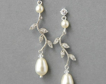 Bridal Crystals and Pearls Earrings , Bridal Pearl Earrings, Wedding Leaf Earrings , Crystal Pearl Earrings , Bridal Bridesmaids Jewelry