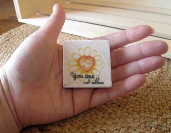 Daisy Heart Worry Stone - Soothing Stone - You Are Not Alone - Friend Support