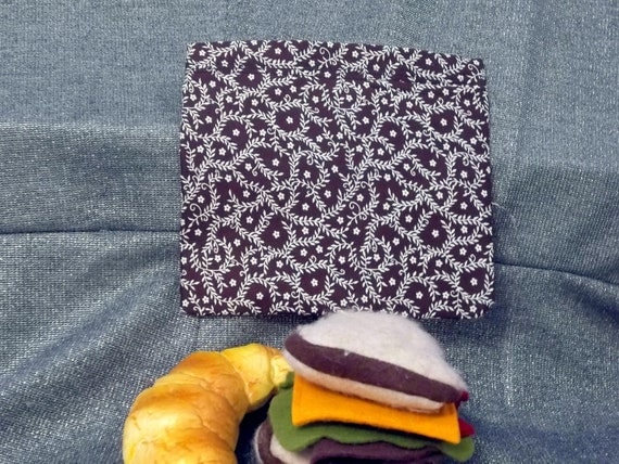 Reusable Sandwich Bag, Vines on Brown Design