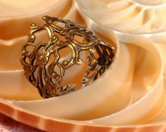 Filigree Ring   ---   Oxidized Brass Adjustable Ring - Sizes 6 to 13