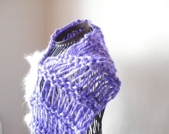 Ready to ship - Wool Lilac Hand Knit Scarf in Elongated - Handmade Knit Brooch, soft warm scarf, Knit wool scarf, Knit lavender wool scarf