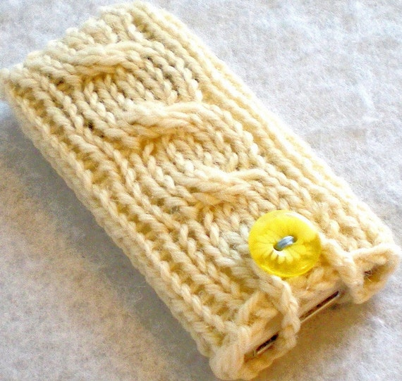 Cream Cable Knit 7th Gen iPod Nano Cozy, Holder Sleeve Pouch Pocket Sock Cabled Daisy Off White Buff Vanilla Flower Yellow Button Soft